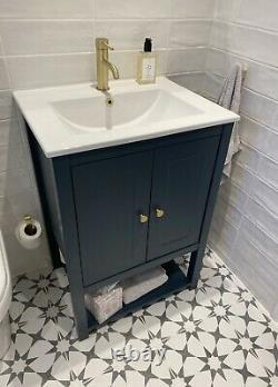 Painted Vanity Washstand Unit 600. Double Door Vanity